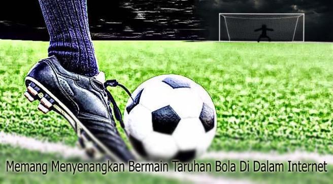 035217700_1447467756-sepak-bola